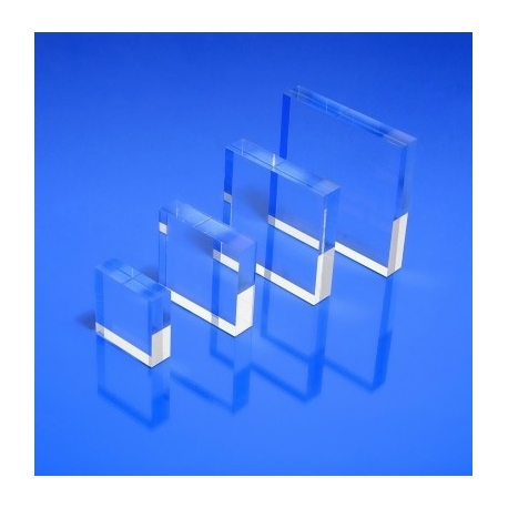 Socle plexiglas carré 30x30x10 mm