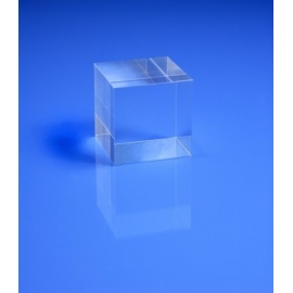 Socle plexiglas cubique 40x40x40 mm