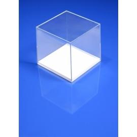 Boite plastique fond blanc 82x82x78 mm