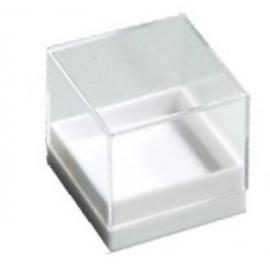 Boite transparente avec socle blanc 26x26x26 mm