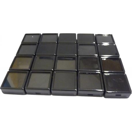 Boites noire dessus en verre (40x40x17 mm) par lot de 20
