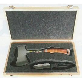 Coffret cadeau hachette et couteau Estwing