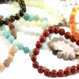 Ensemble de 25 bracelets en pierres naturelles